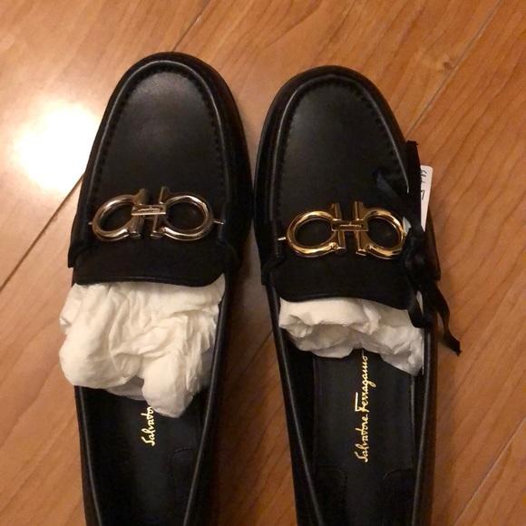 Ferragamo rolo loafers reversible logo